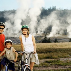 3 Ideal Days for Families in Yellowstone National Park