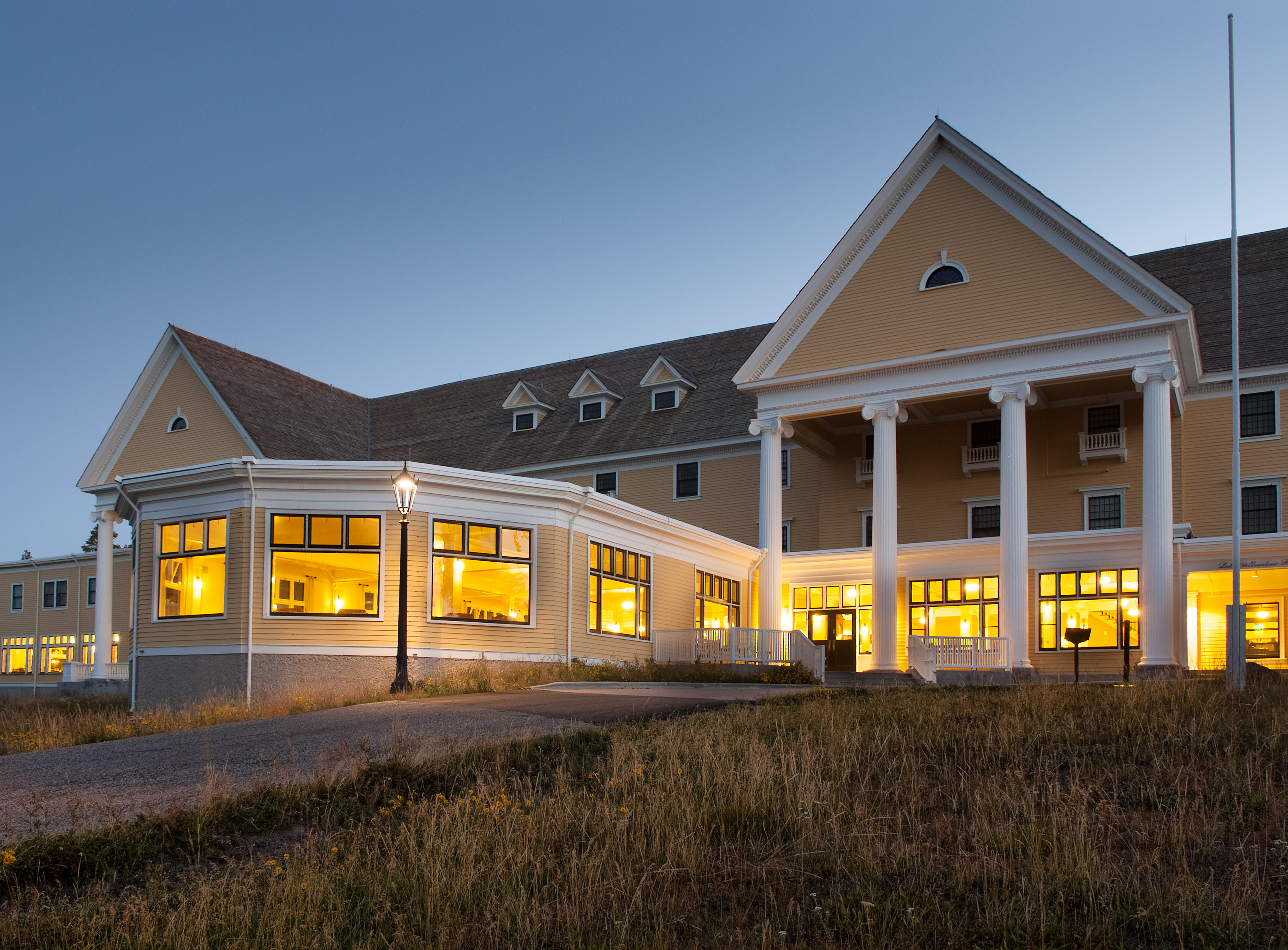 Nicest Hotel In Yellowstone Park