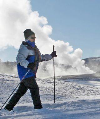ski-old-faithful-area-winter