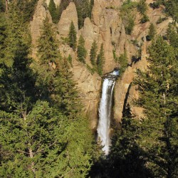 Trail Mix: 12 Awesome Day Hikes in Yellowstone