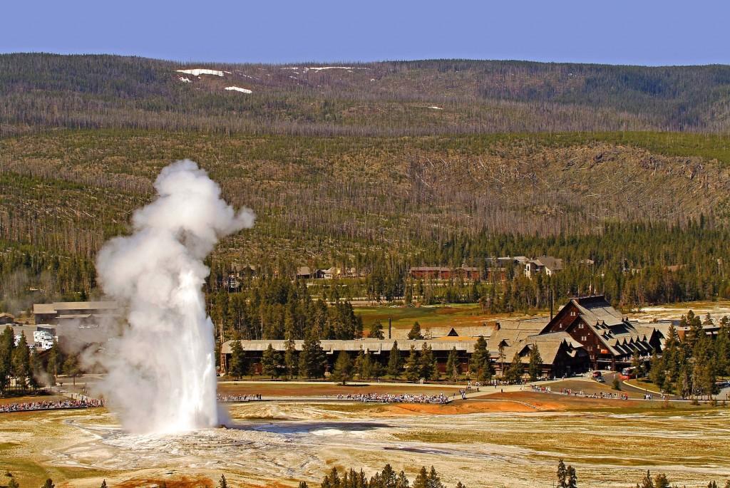 Old Faithful Inn Yellowstone National Park Lodges