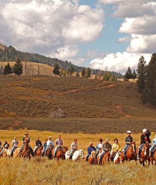 Horseback tour, Roosevelt lodge