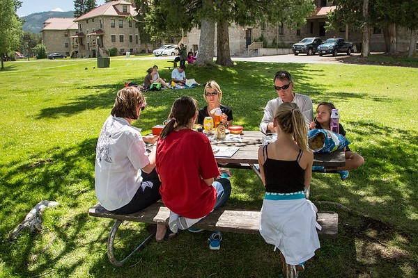 Picnicing, Mammoth Hot Springs