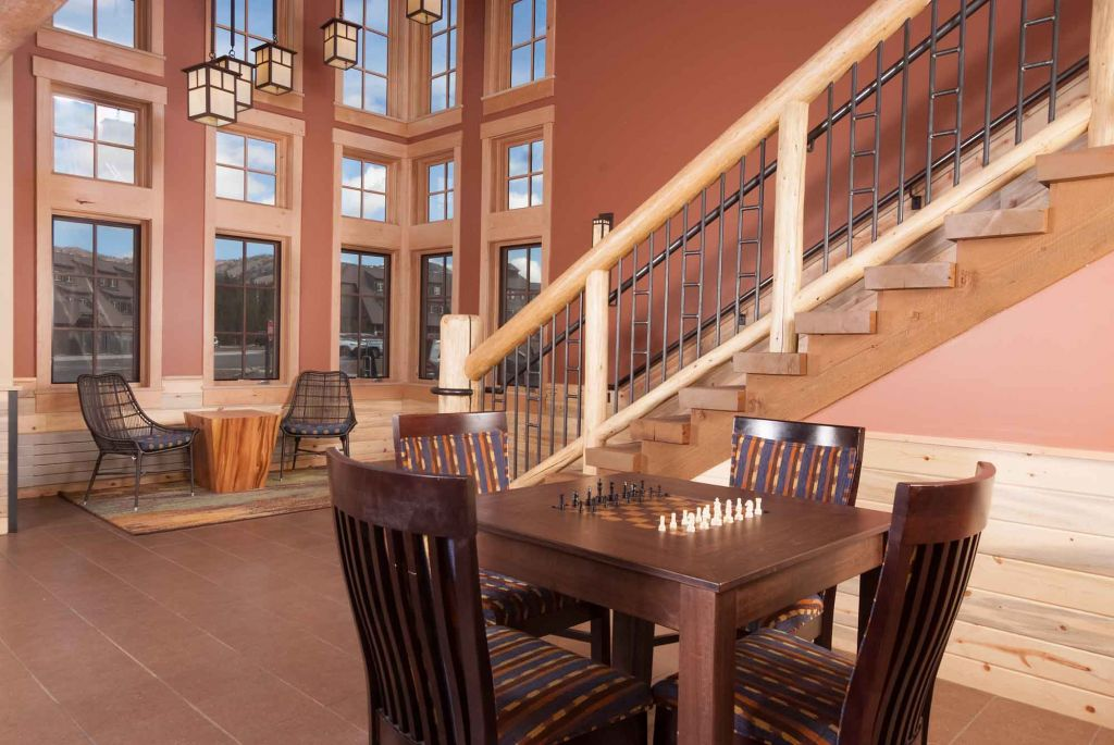 Canyon Lodge lobby