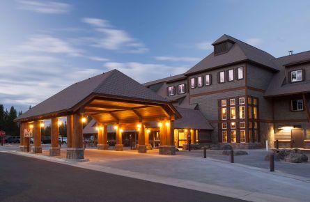 Canyon Moran Lodge Exterior