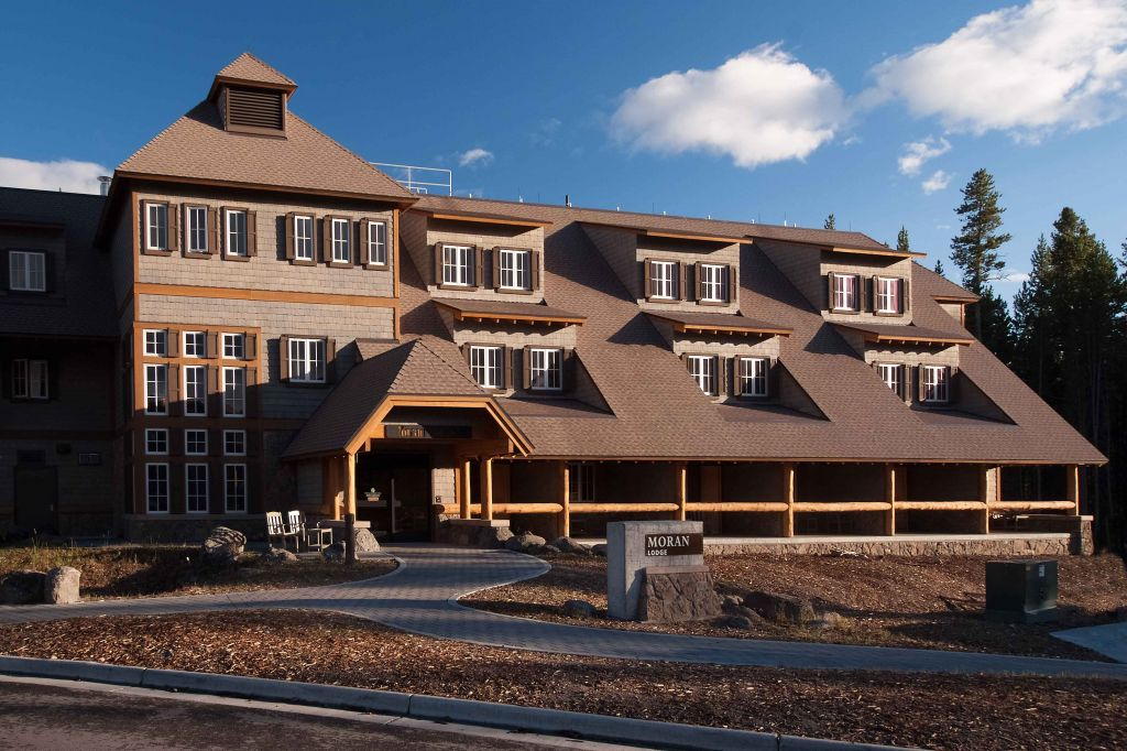 Canyon Moran Lodge Exterior