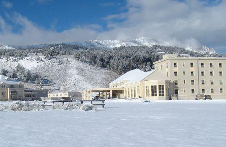 Mammoth Hot Springs Hotel Exterior Winter