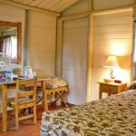 Roosevelt Lodge Cabins - Roughrider Cabin - One Bed