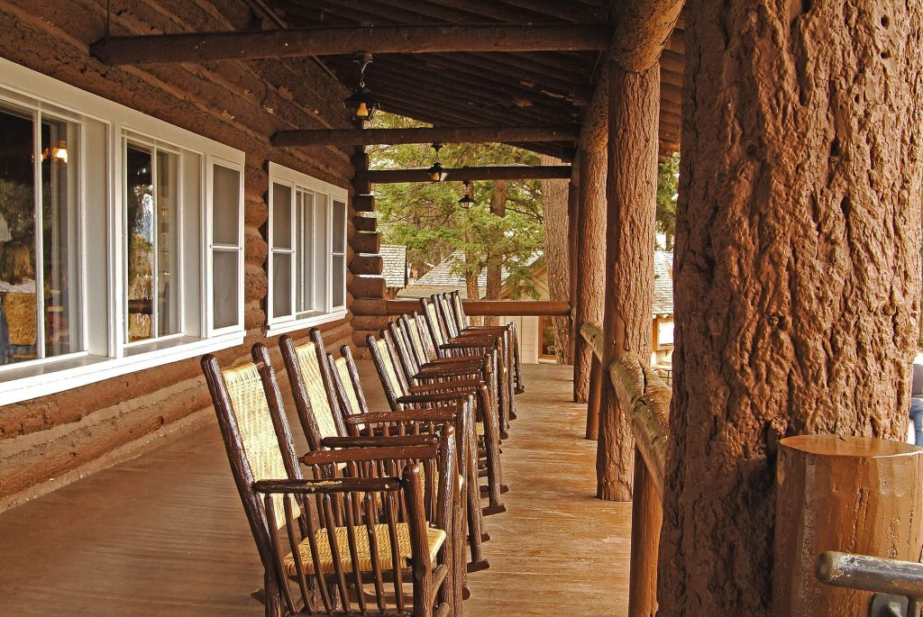 roosevelt lodge & cabins | yellowstone national park lodges