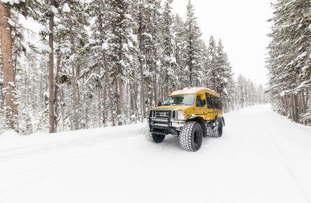 Snowcoach on North Rim Drive