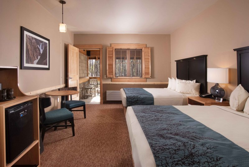 Canyon Lodge Superior Room