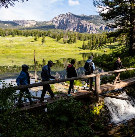 Trail Mix: 12 Awesome Day Hikes in Yellowstone [Infographic]
