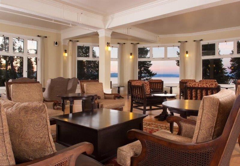 Lake Yellowstone Hotel Sunroom 4