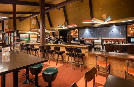 dining options in yellowstone national park lodges