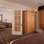 Old Faithful Inn - Suite