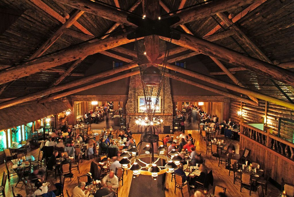 the dining room | dining options at old faithful inn