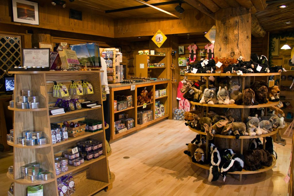 In-Park Shopping | Yellowstone National Park Lodges