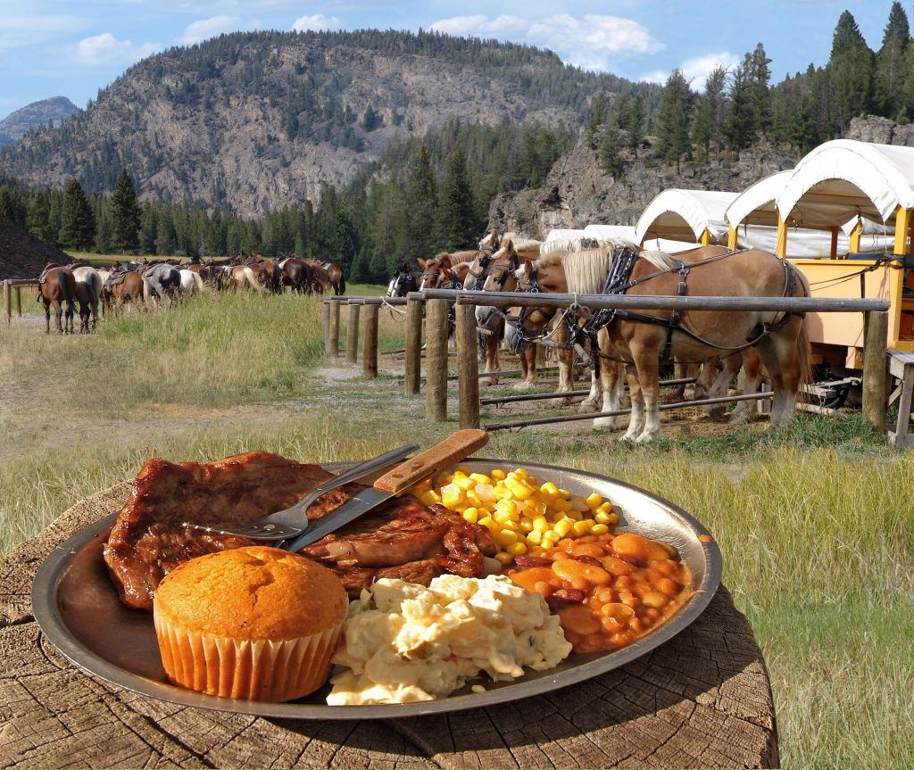 Special Dining Events At Yellowstone National Park Lodges