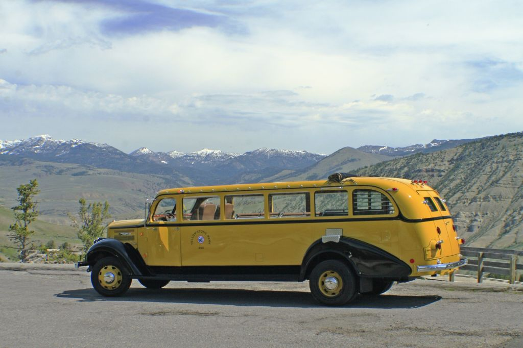 Yellowstone Tour Bus.