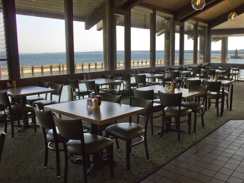 Grant Village Lake House Restaurant 03