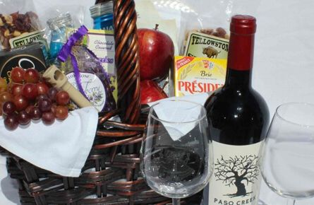 Red wine in room gift basket