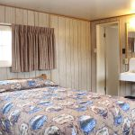 Lake Lodge - Pioneer Cabins - One Bed