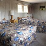 Lake Lodge - Pioneer Cabins - Two Beds