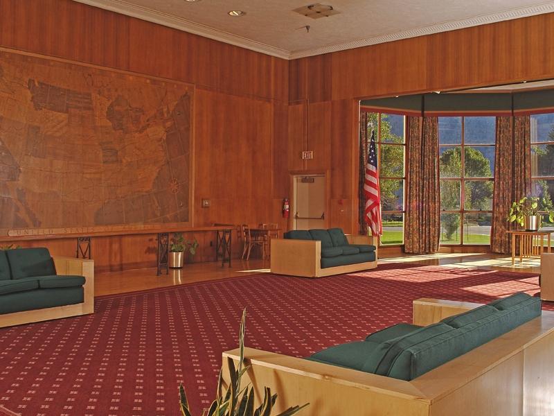 mammoth hot springs hotel winter – map room |