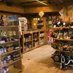 Old Faithful Inn - Gift Shop