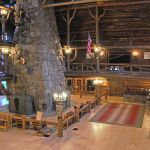 Old Faithful Inn - Lobby