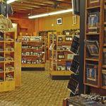 Old Faithful Lodge - Gift Shop