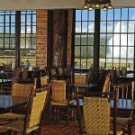 Old Faithful Lodge - Dining Room