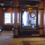 Old Faithful Lodge - Lobby