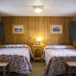 Old Faithful Snow Lodge Winter - Frontier Cabin - Two Beds