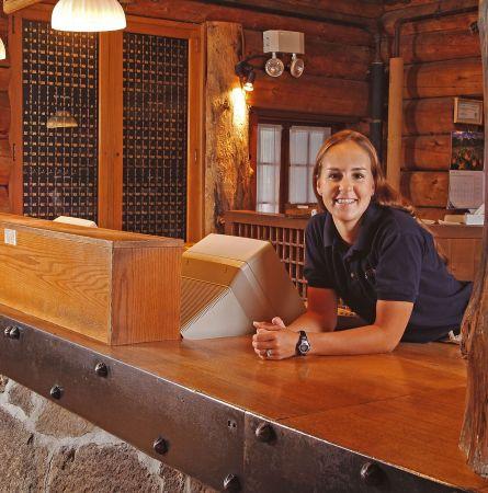Old Faithful Inn Personnel