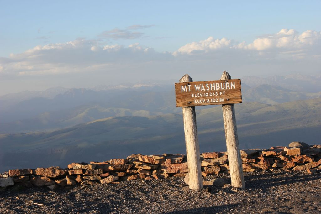 Mount Washburn Summit Sign