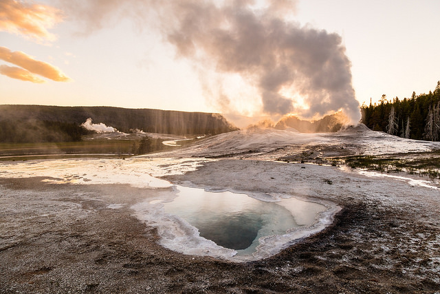 Lion Geyser steam phase during sunset