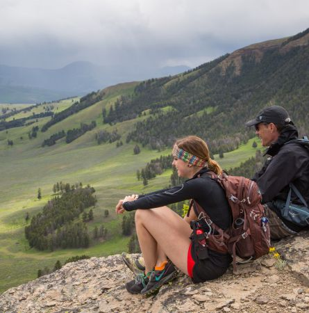 5 Reasons to Work in Yellowstone National Park [Infographic]