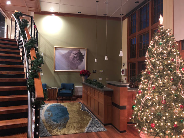 The Haynes lobby decorated for the holidays.