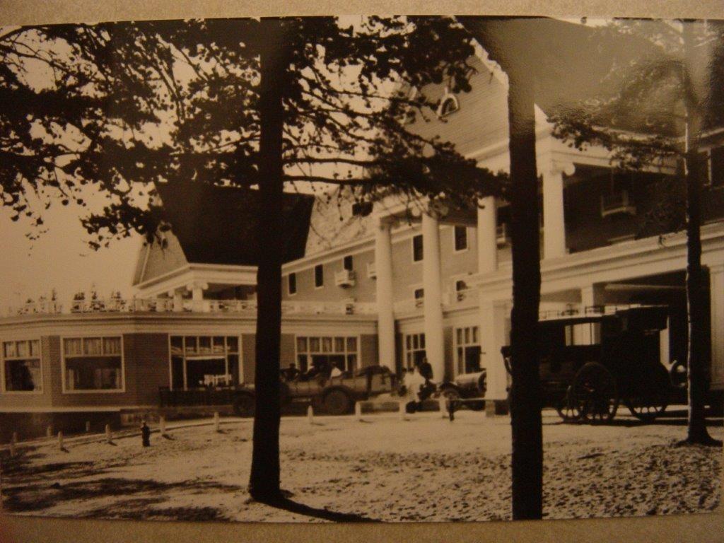 Lake Hotel Historic